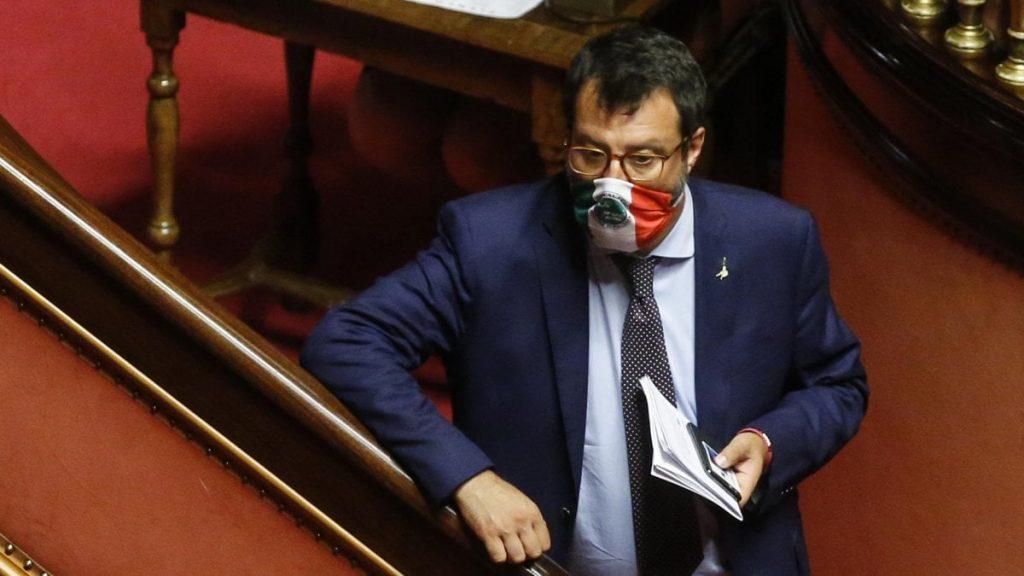 Open Arms, Salvini rischia il processo. Oggi la decisione del Senato