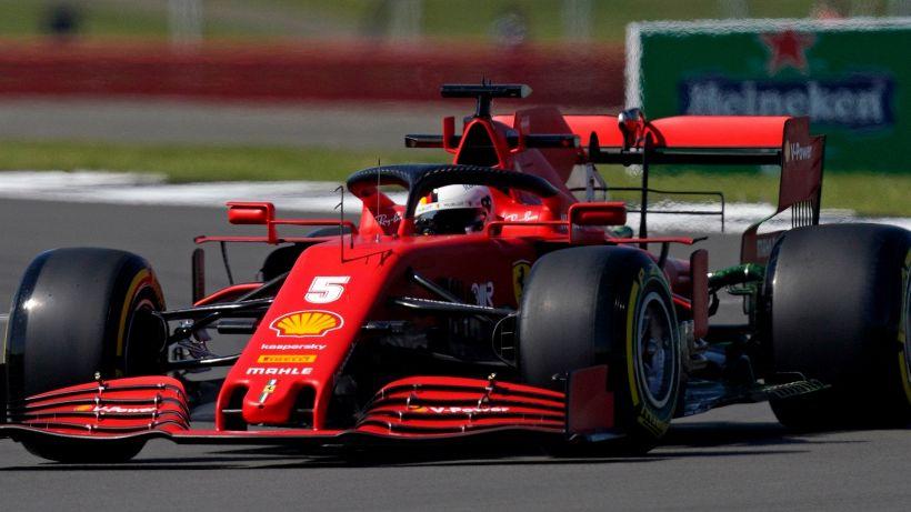 F1, prima prova libera Silverstone: Vettel scende, Verstappen al comando