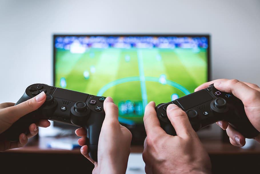 Gaming online: quali sono le piattaforme più calde del momento?